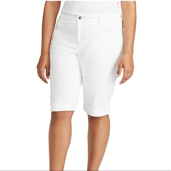 a39ec2fd133f0 Plus Size CHAPS Cuffed Twill Bermuda Capri Pants